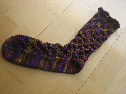 First sockapaloooza sock, finished!