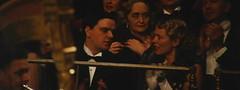 金刚-观众席上像来奥纳多的人