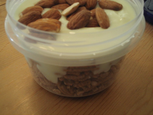 Good Friends, Banilla Yogurt, Almonds