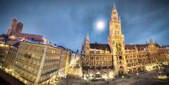 Marienplatz in Munich photo by Werner Kunz