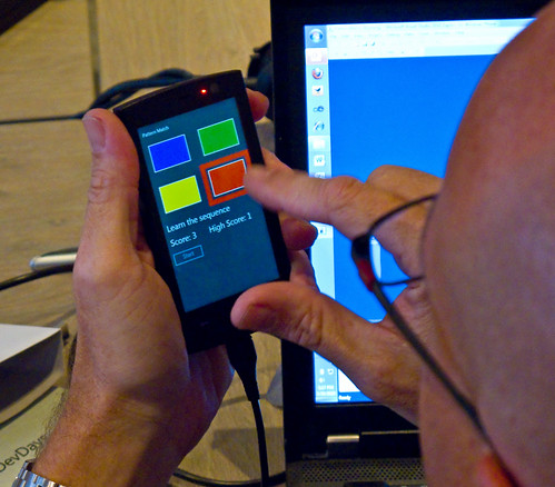 Charlie Kindel Plays Pattern Match on Windows Phone