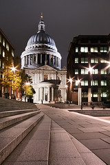 11/52 - St. Paul's Cathedral photo by A.J. Pye