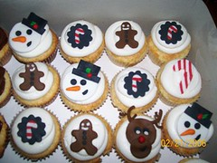 christmas cupcakes photo by gigiscakeboutique