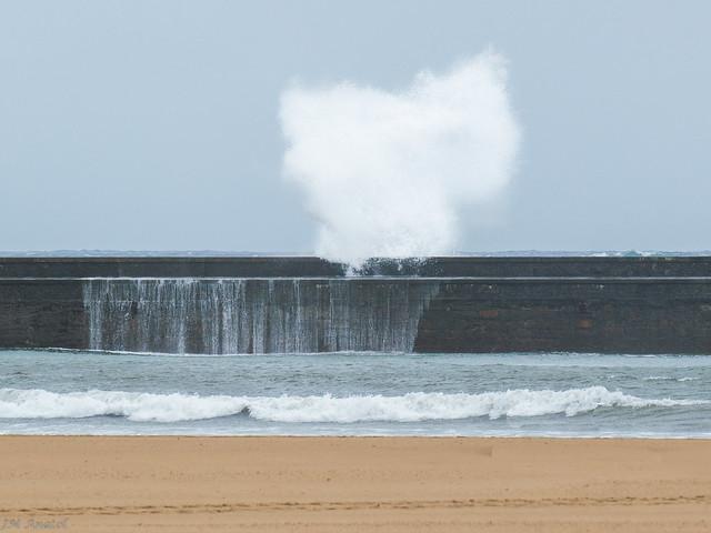 Foto de olas en plentzia eitb fotos de usuarios - Temperatura en plentzia ...