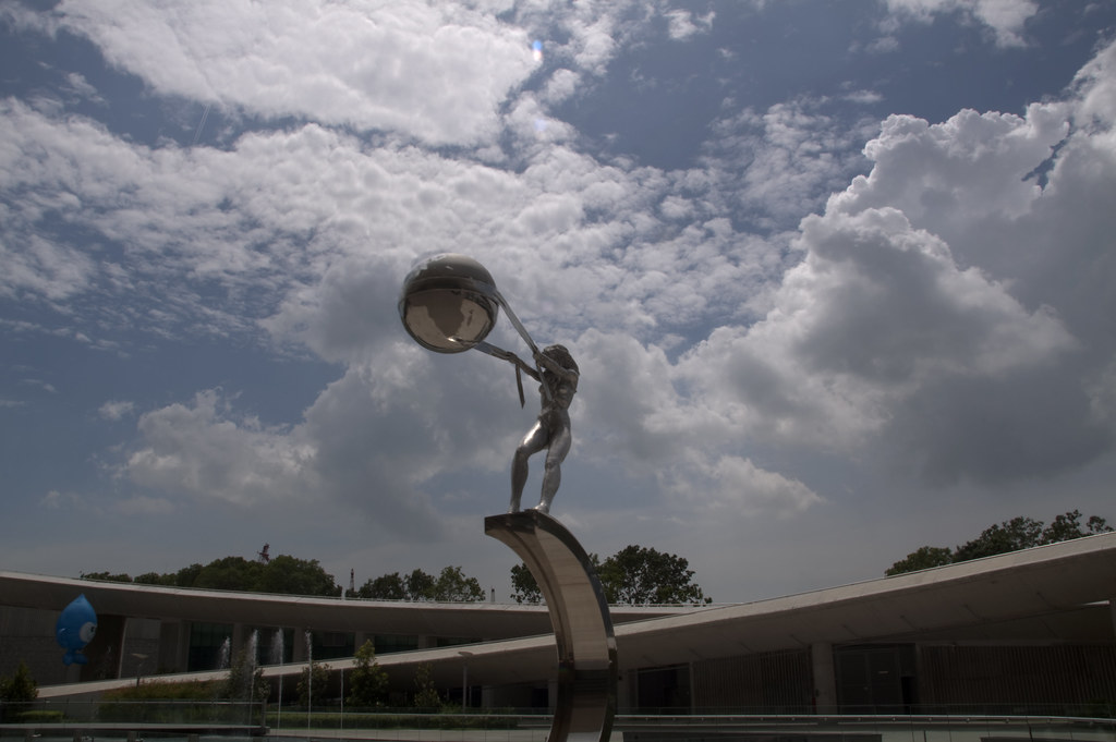 This Statue is throwing the world..