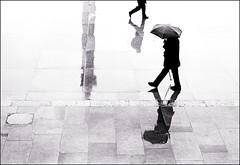Wet day in Trafalgar Square photo by sk31k