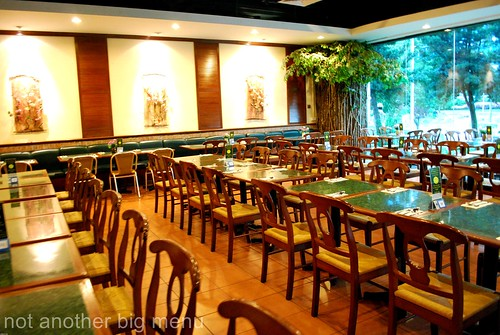 Penang Place, S'pore - Restaurant interior