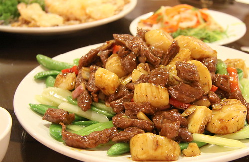 Wedding - Sauteed beef, scallops and sweet peas