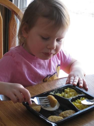 review banquet frozen entrees mom of 3 girls. Black Bedroom Furniture Sets. Home Design Ideas