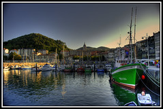 Puerto de Lekeitio / Lekeitio Harbour photo by César Atanes