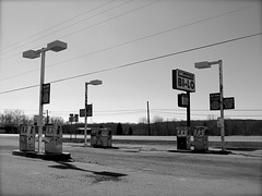Abandoned Gas Station photo by tim.perdue