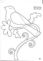 Passarinho passarinho passarinho passarinho... photo by carambola arte em feltro