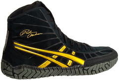 wrestling-shoes-asics-rulon-black-gold-3 photo by wrestlinggear