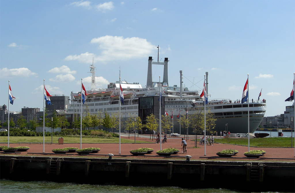 SS Rotterdam from the Spido