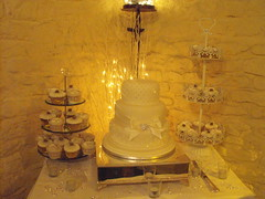 WEDDING CAKES GRIMSBY photo by KC WEDDING CAKES GRIMSBY