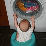 Amy likes the new washing machine<br/>25 Feb 2010