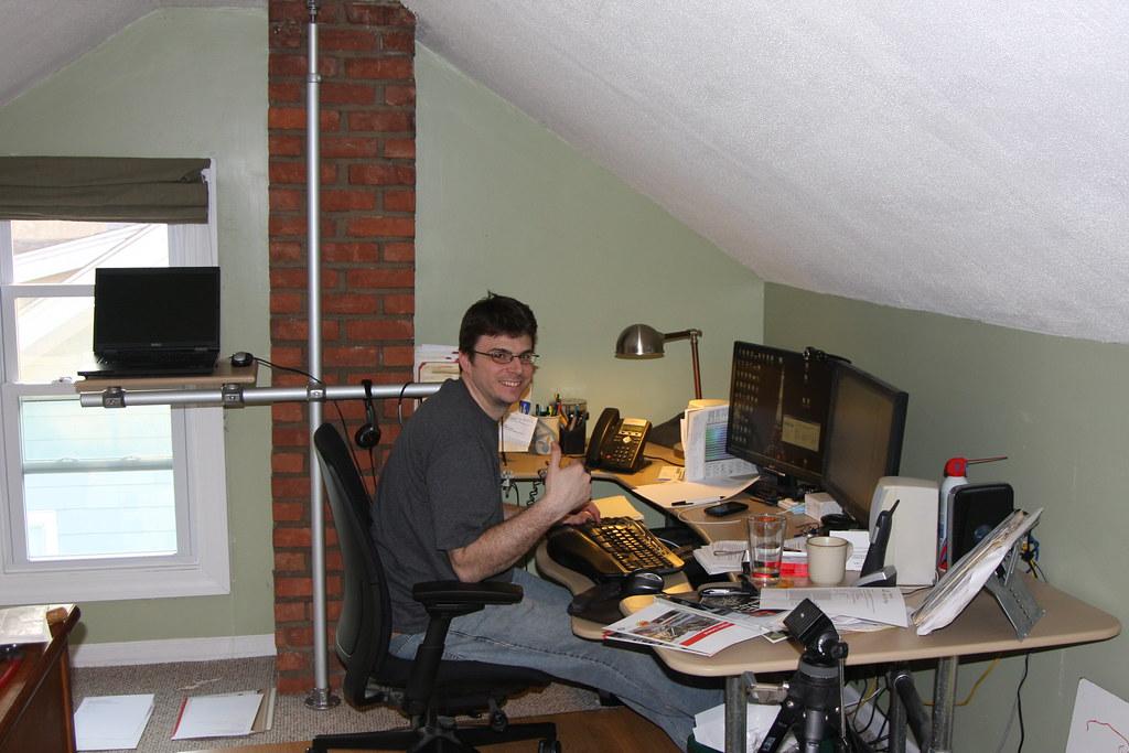 Ein Büro voller Kee Klamp Rohrverbinder