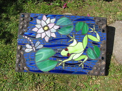 Mosaic Frog photo by Diane Kitchener