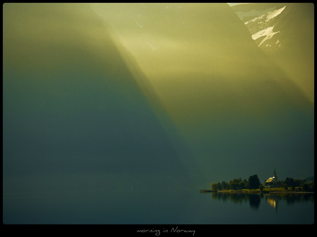 Norwegen - morning in Norway photo by NPPhotographie