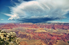 a storm rolls towards the south rim photo by james_clear