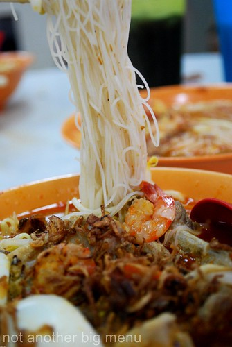 M'sian takeaway or eating in - Prawn noodles 2
