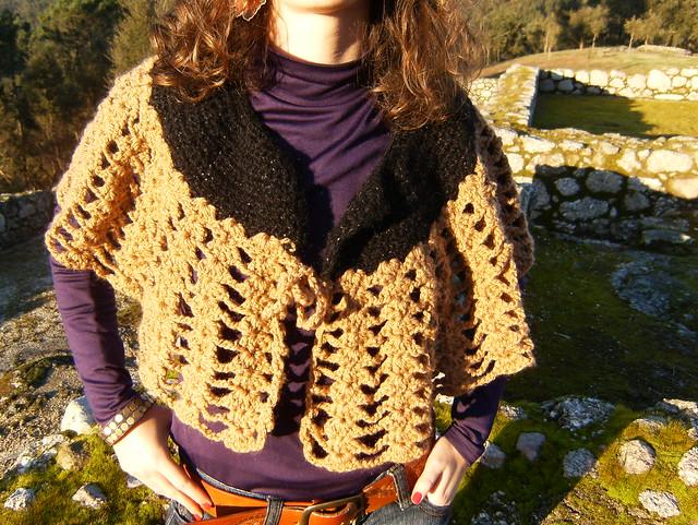 Free Crochet Pattern 60728AD Crochet Capelet : Lion Brand Yarn Company