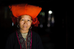 Red Dao woman photo by fanz