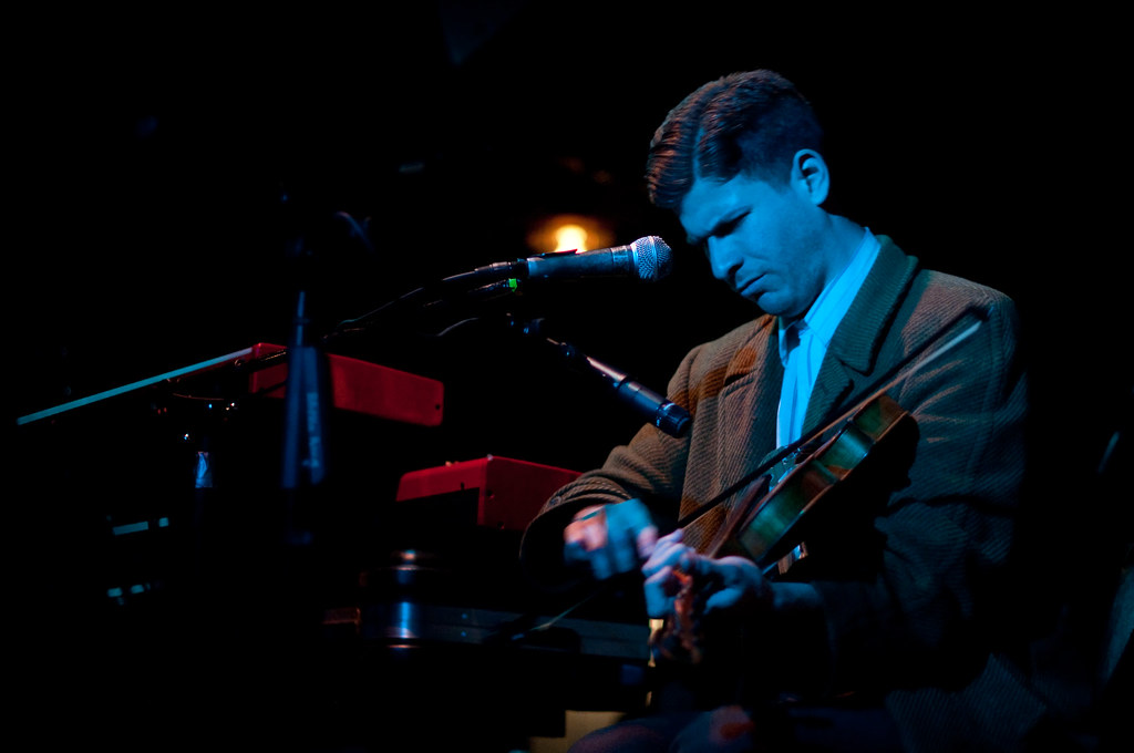 Frank Fairfield @ The Rhythm Room 2-22-2010 (4 of 4)
