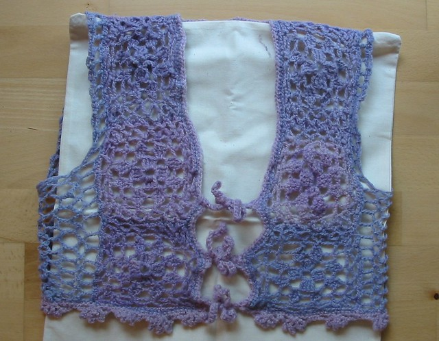 Free Crochet Granny Square Vest Patterns : CROCHET GRANNY SQUARE VEST - Crochet ? Learn How to Crochet