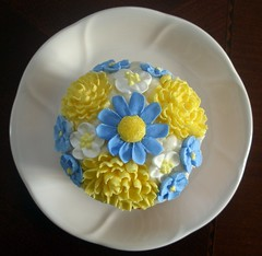 Jumbo Flower Cupcake photo by Cakes by Jen T.