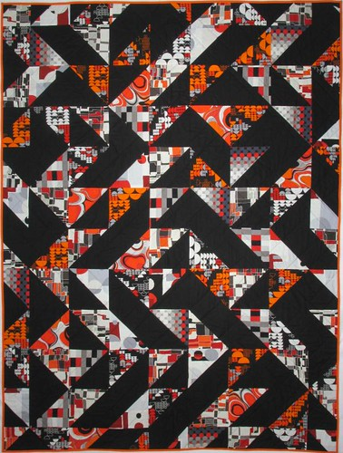 Slash/Backslash throw quilt (back)