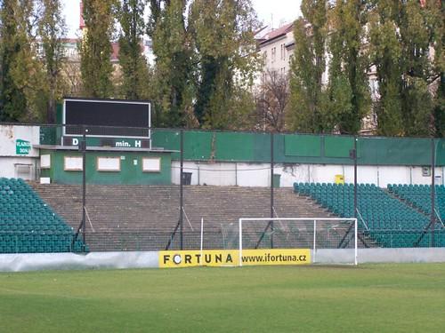 5130768879 a6a5e85bdc Stadions en wedstrijd Praag