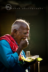 Idlis* and Indians photo by ayashok photography