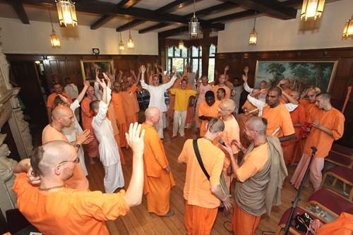 Kirtan - Brahmaczari Konwencji 2010 - Bhaktivedanta Manor - 23/06/2010 - IMG_3606