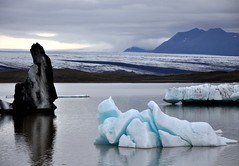 Fjallsarlon, Iceland - mixed ice shapes photo by Martin Ystenes - http://hei.cc