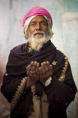 A Muslim man - Varanasi - India - Sylvain Brajeul Copyright photo by Sylvain Brajeul