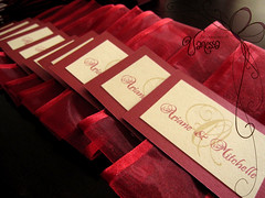 Red and Ivory Wedding Invitation Seals photo by Invitaciones Di Vanessa