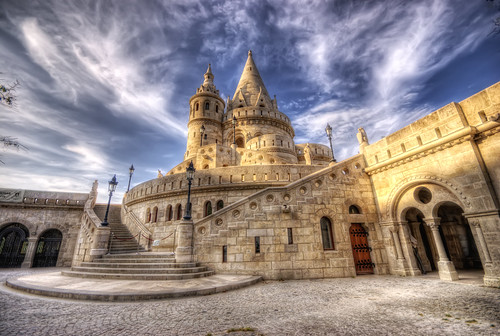 Fishermen's Bastion Budapest - Hungary photo by kleiner hobbit