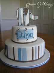 Explore Pottery Barn cake photo by Christina's Dessertery