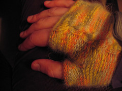 fingerless_mittens_r