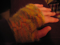 fingerless_mittens_l