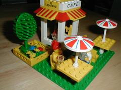 January 15, 2002: LEGOLAND Café