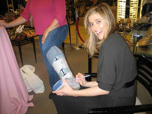 I sign Valerie's boot!