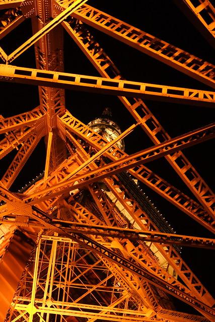 インサイド東京タワー