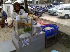 Selling Bakso on the Beach - never mind how the bowls get washed
