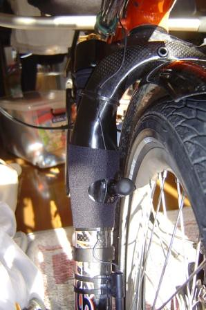 Front fork boot II / 前のサスペンションのカバー 2