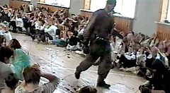 Russia: Islamic terrorist in school hall