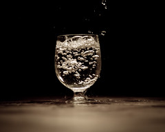 water glass photo by Bartek Tyka