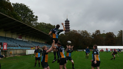Johnny Crocket Offloads from a Lineout In Practice