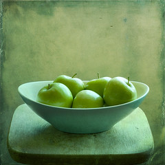 Grunge apples photo by cbfarrell2003